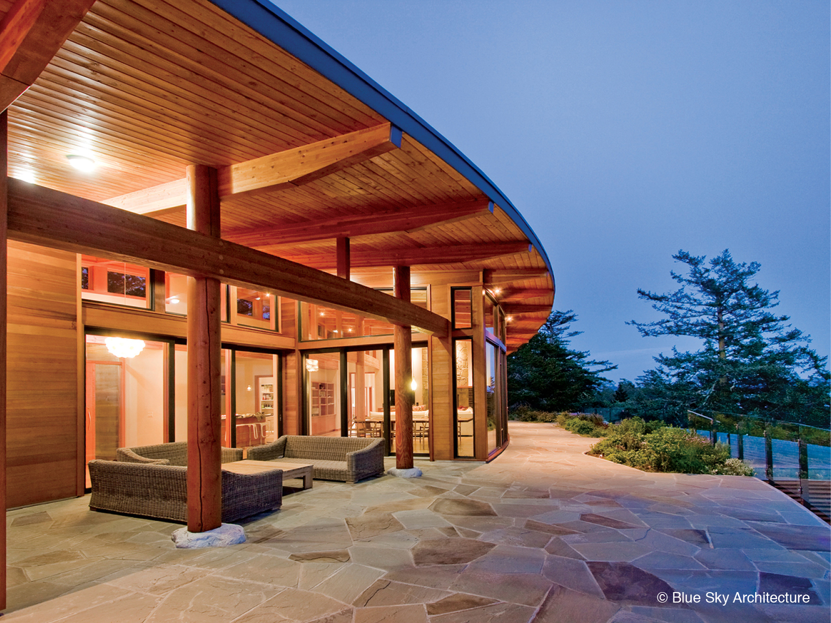 Bluestone terrace with outdoor living space