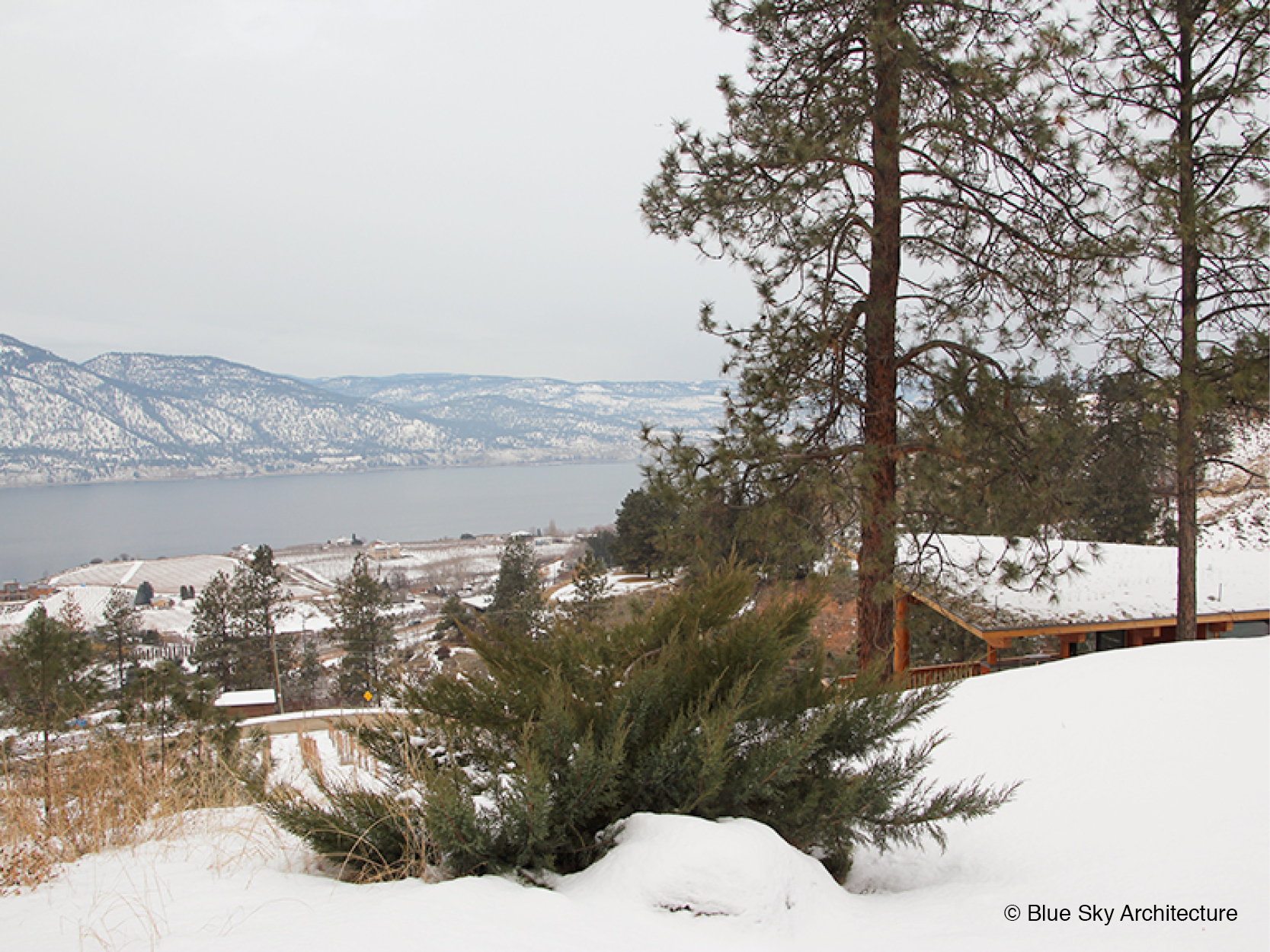 Naramata Bench House Winter lakefront views