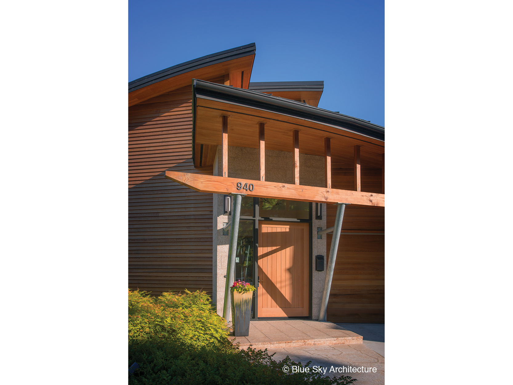 Front entrance of organic residential architecture