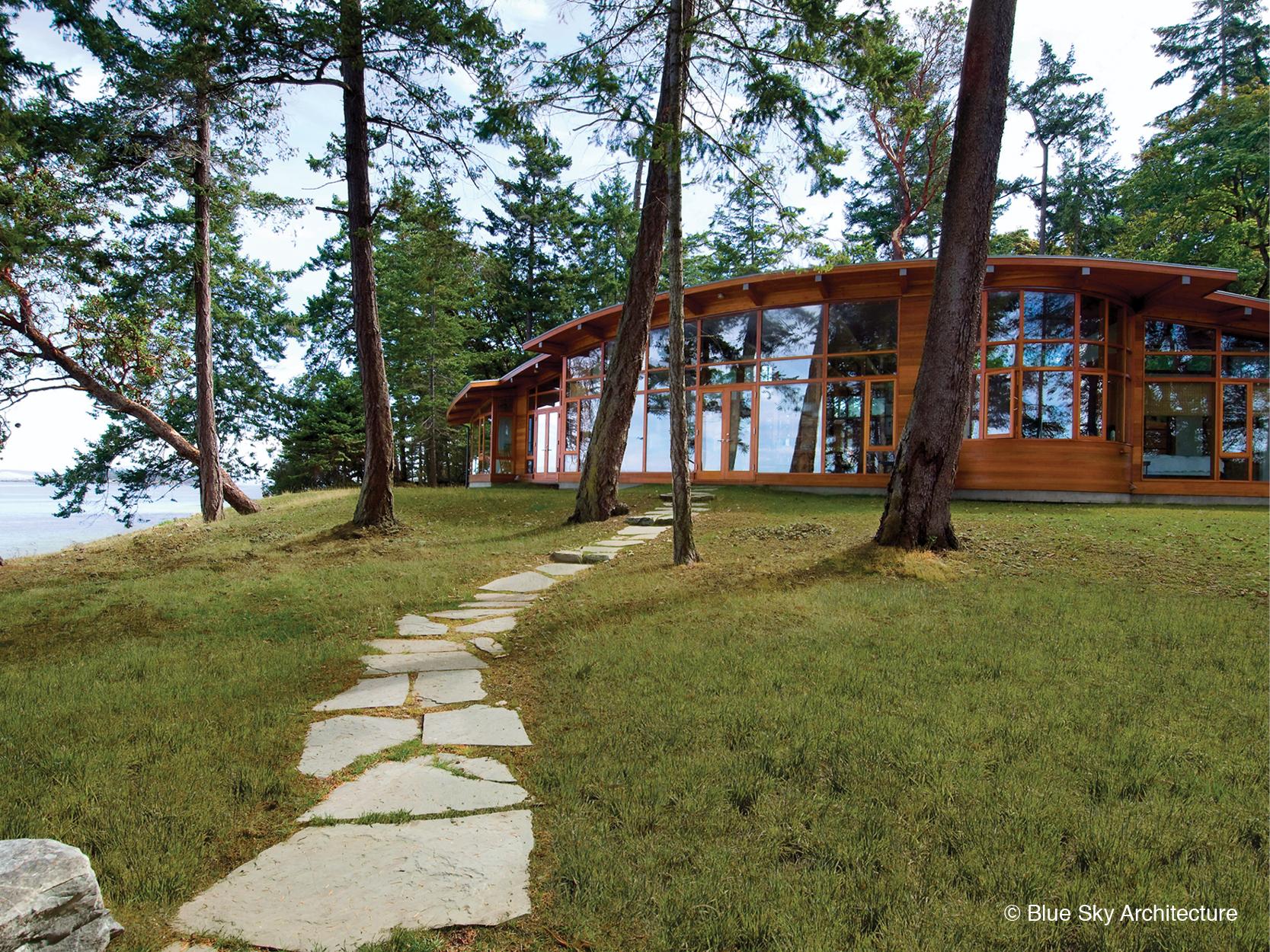 Off-grid West Coast modern house