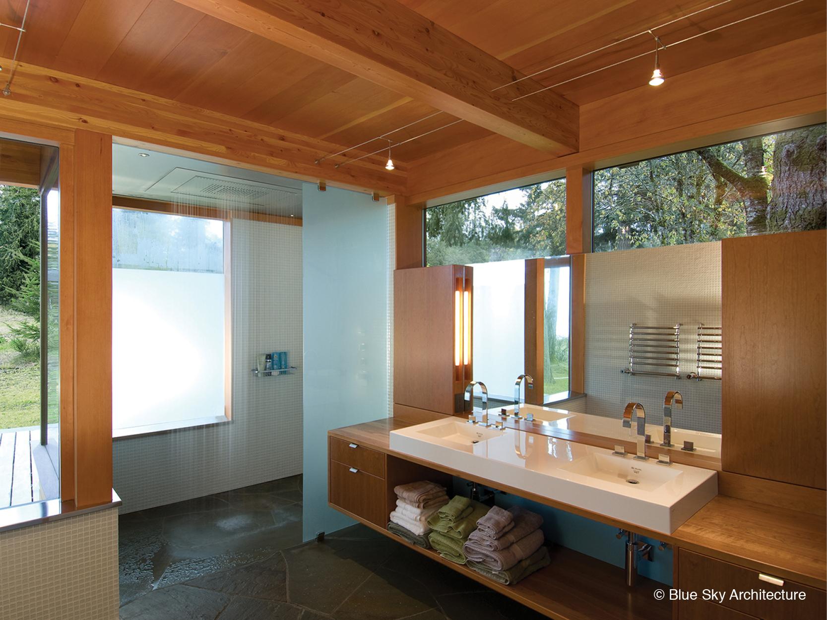Modern bathroom in Miracle Beach House