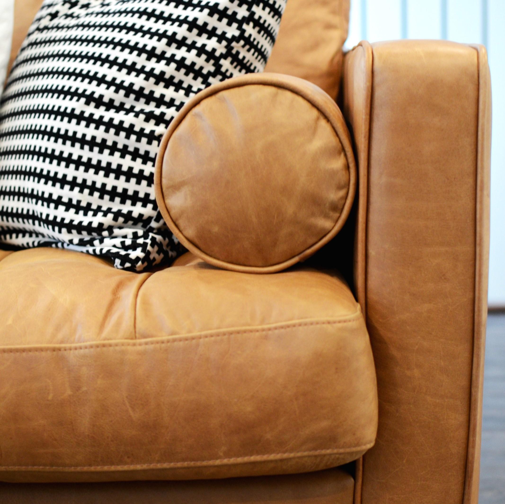 Calgary Interior Designer - Marlo Creative Interiors - Living Room Makeover