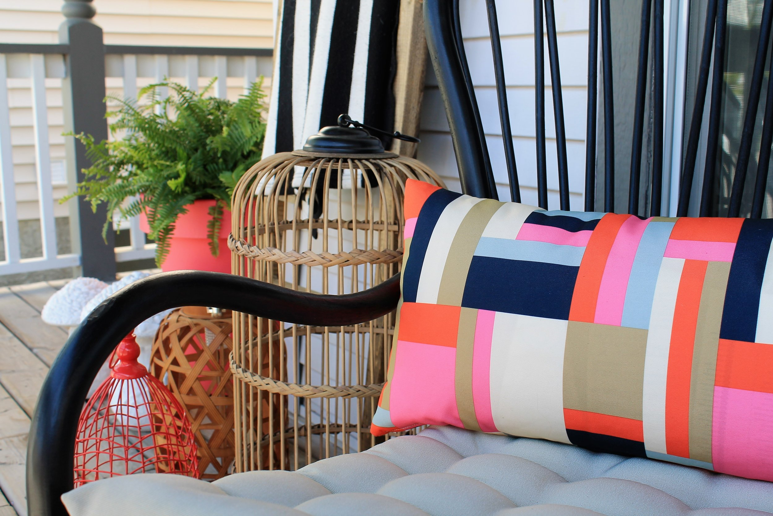 front-porch-maekover-pillow.JPG