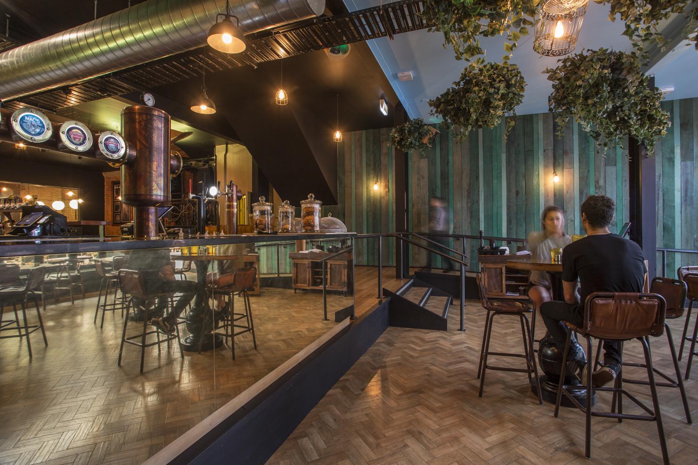 Vault 21 Bar and Restaurant