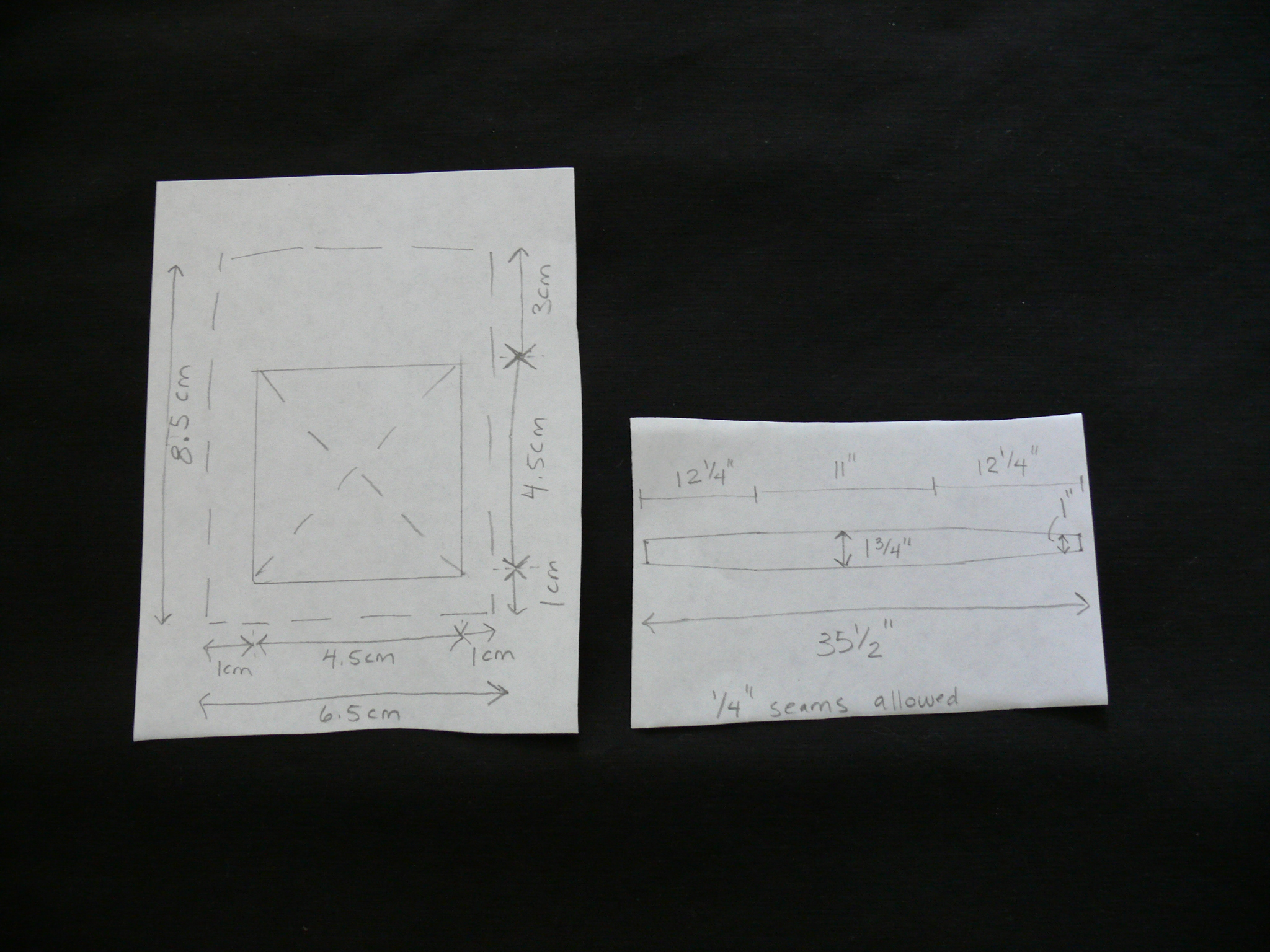 Measurements for the shoulder strap reinforcements (on the left), and the bottom strip (on the right) including seam allowances.