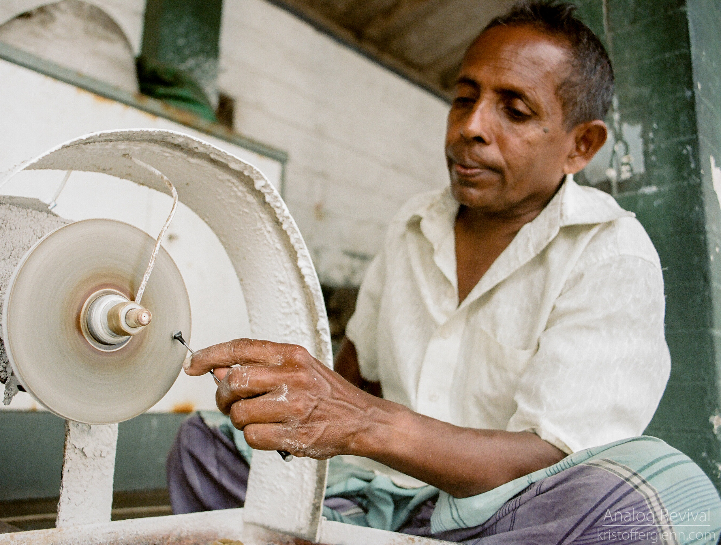 2016_08_20 PacAngles SriLanka Minolta 28mm Kodak 160-57.jpg