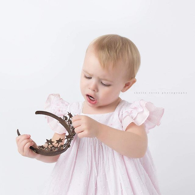 Always make sure your crown is perfect! #princess #crown #sweetgirl #twoyearsold #dallasnewbornphotographer #dallas #chellecatesphotography #girlmom