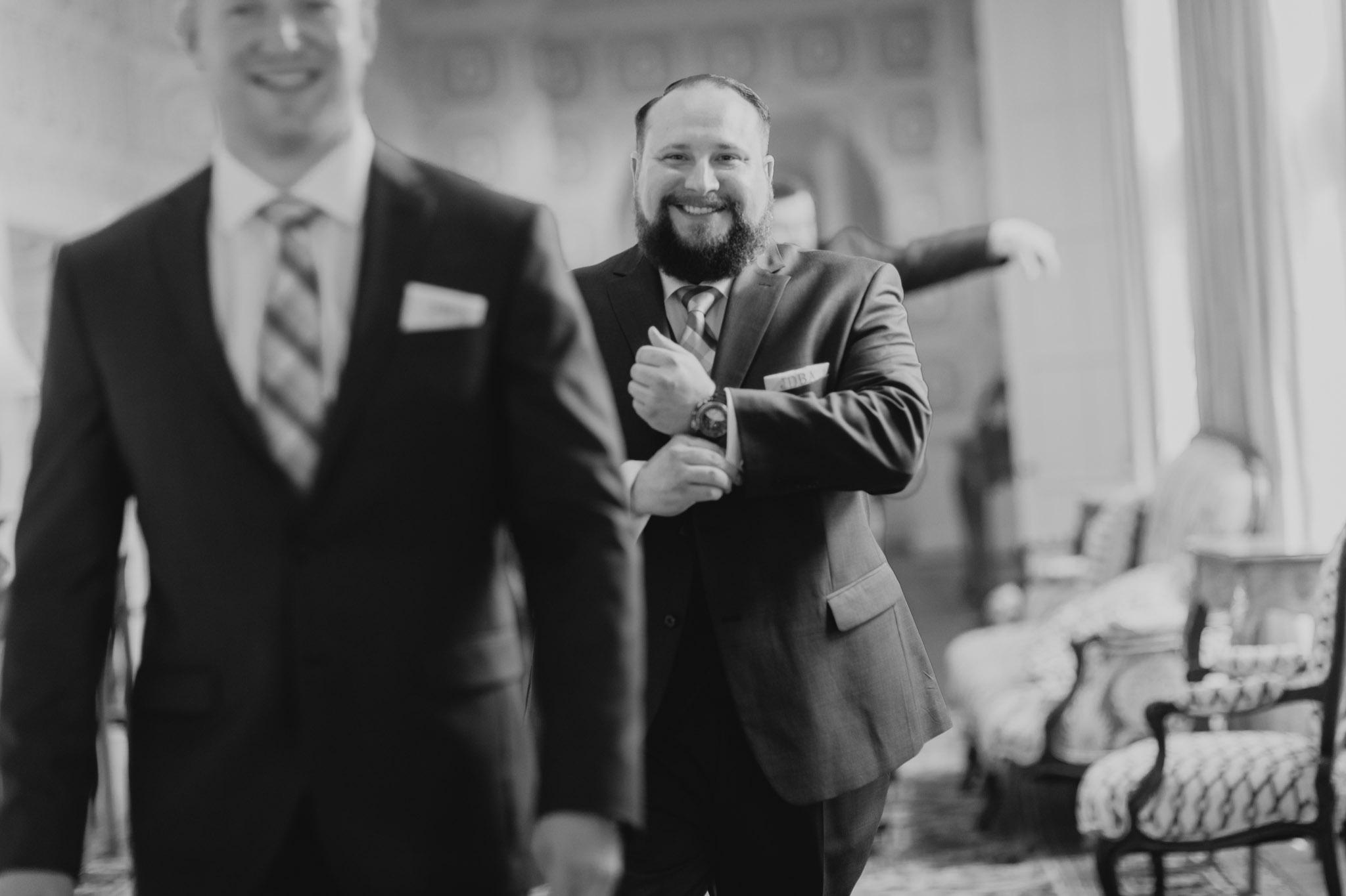 Country Club of Virginia Wedding Photographer_0010.jpg