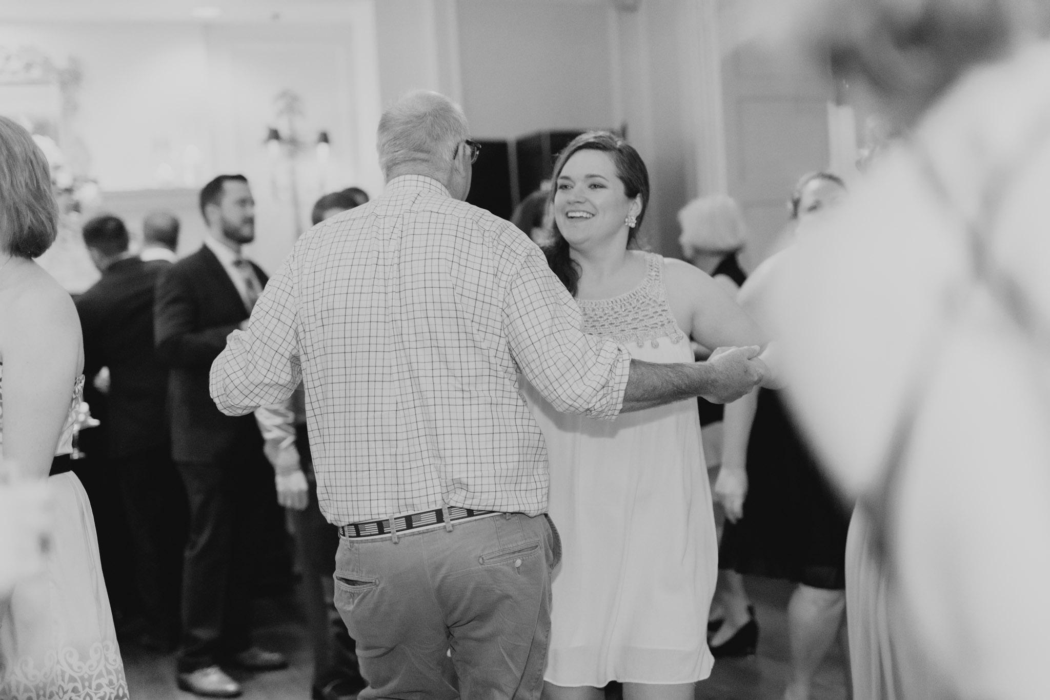 Country Club of Virginia Wedding Photographer_0123.jpg