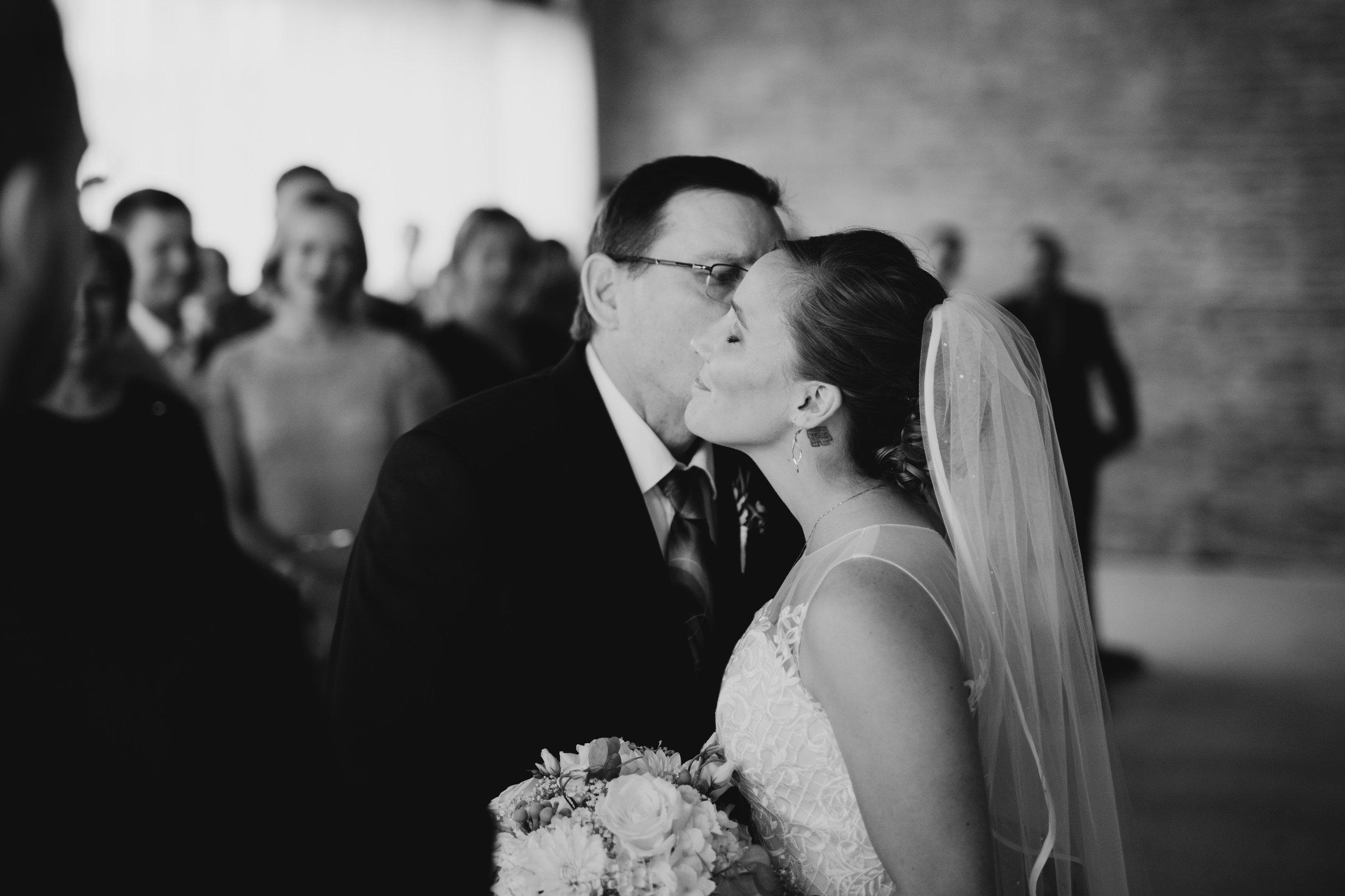 Vintage Wedding_Polly C Photography_20171726170952.jpg