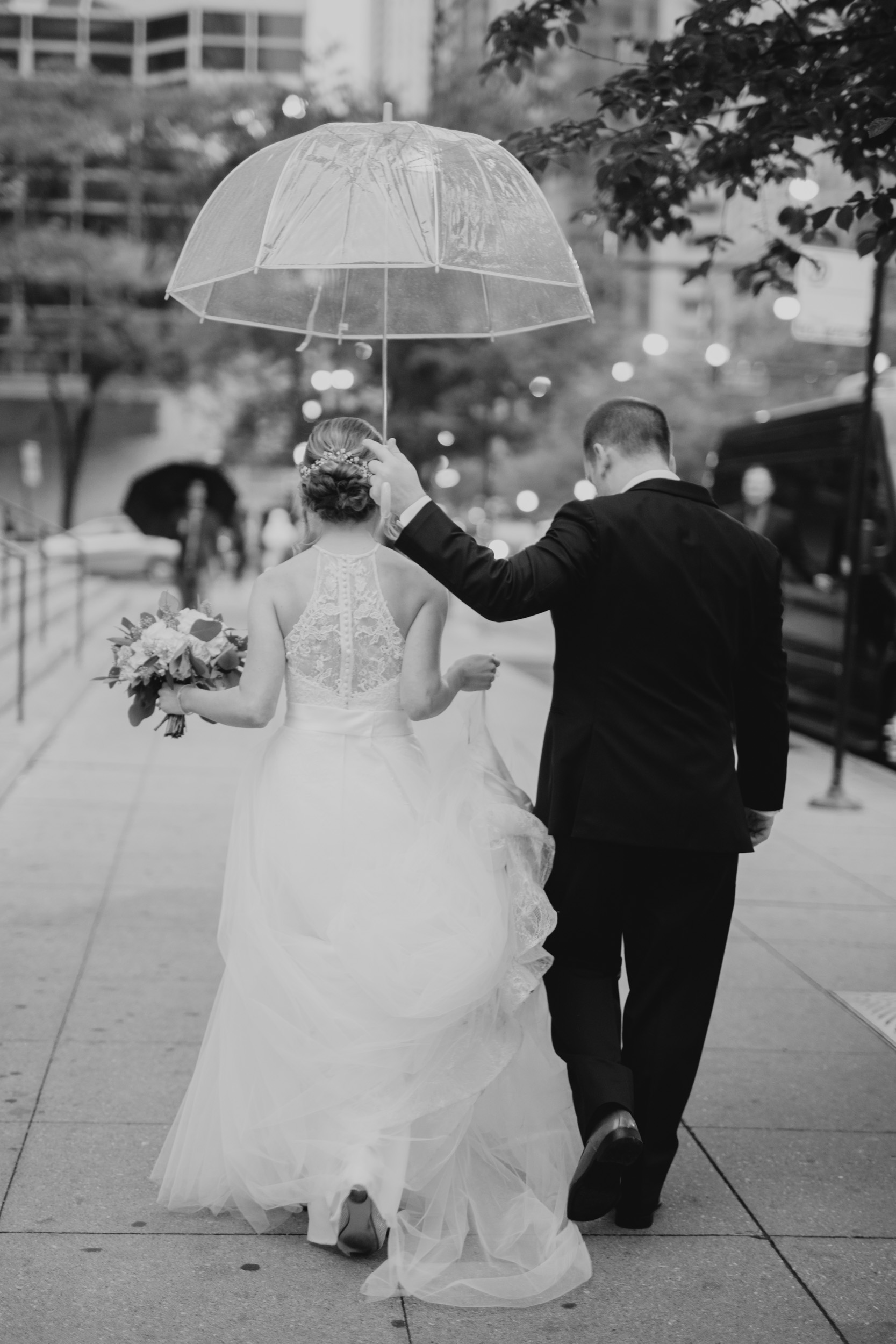 Downtown Chicago Wedding_Polly C Photography 1706165459.jpg