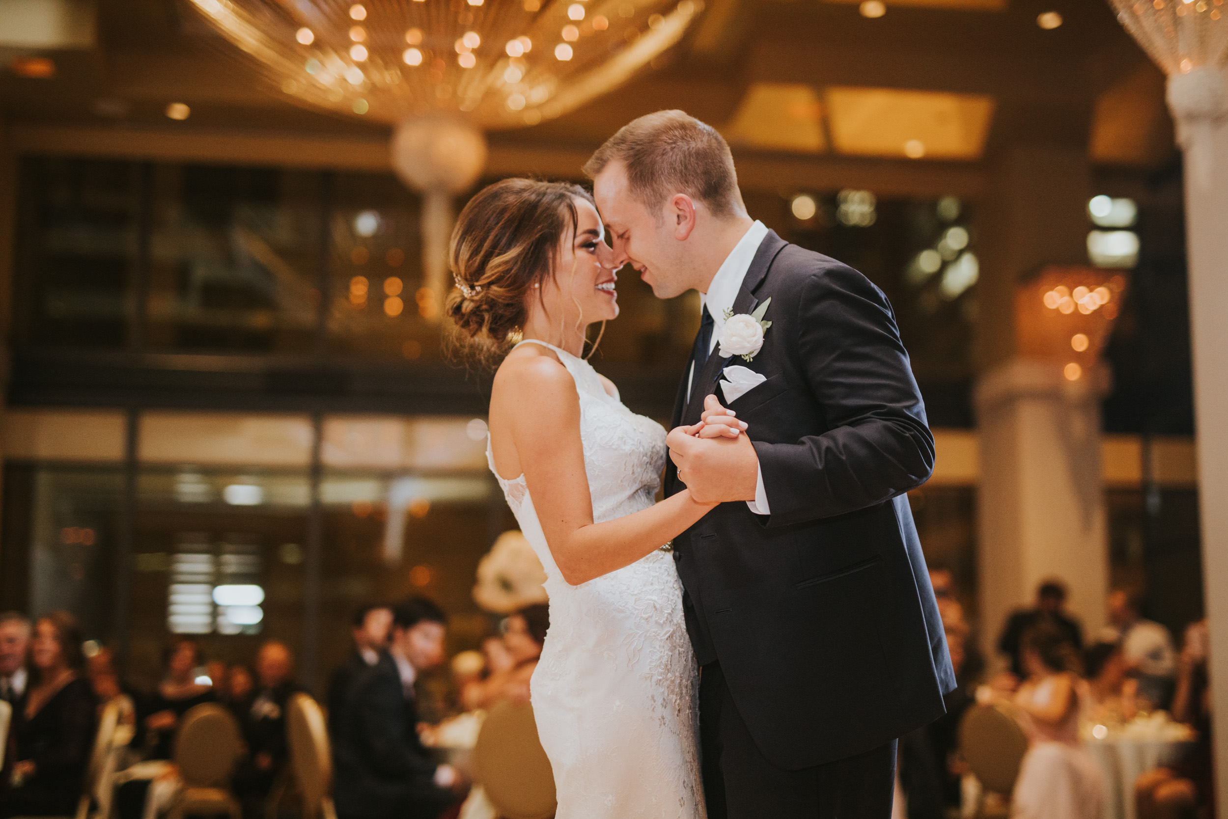 Downtown Chicago Wedding_Polly C Photography 1706210919.jpg