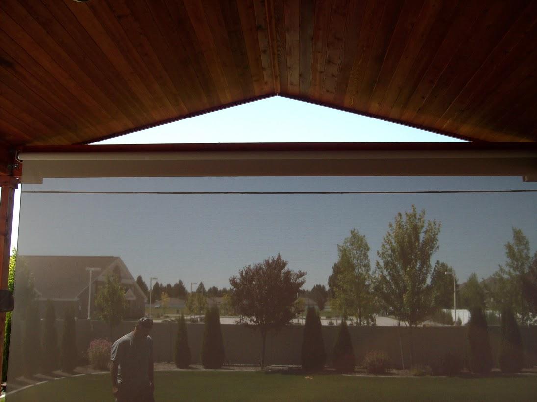 Vivista Retractable Curtain Lowered
