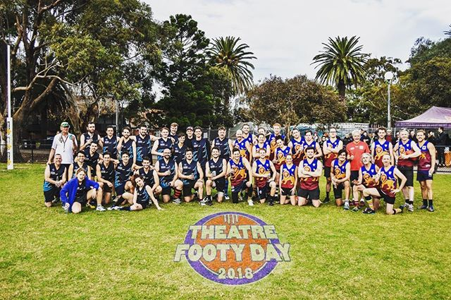 $3000 raised for @beyondblueofficial! Despite being on the losing team and not being able to walk this morning due to all muscles in my body cramping, it was a brilliant day out! 🏈🦈🦁💰 • Huge shoutout to @sam_marks and @jrobson4 for making it such a successful day. • #theatrefootyday #sharks #lions #beyondblue #sharksdontstoprunningbecausetgeydonthavelegs
