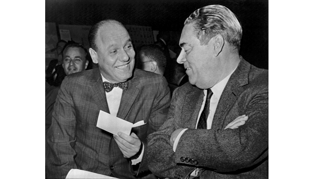 Bavasi with Yankees GM Roy Hamey at major league meeting.
