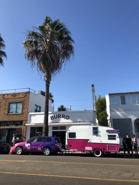 lyft on abbot kinney blvd.jpg