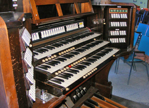 The one-of-a-kind choir organ art Marylake. Photo: King Sentinel. Click on the audio file below and listen to Ode to Joy played on a pipe organ.