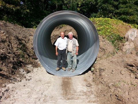 Steel culvert donated by Kingcross Contacting…Armando, machine operator, and Ted Harasti, designer.