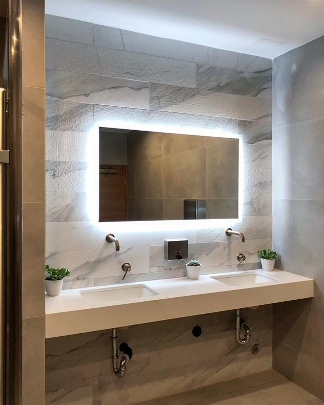 Mirror rim lights in your restroom makes everyone look & feel good! Restroom design for Temple Mogen David in Beverly Hills for @reubenrobin & @concord_re