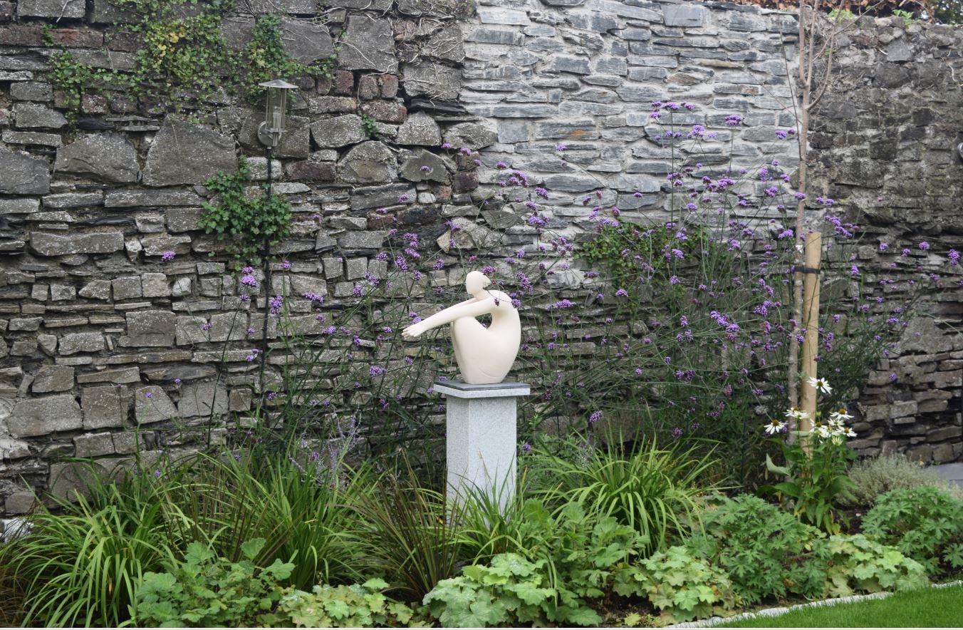 Setanta Garden Feature
