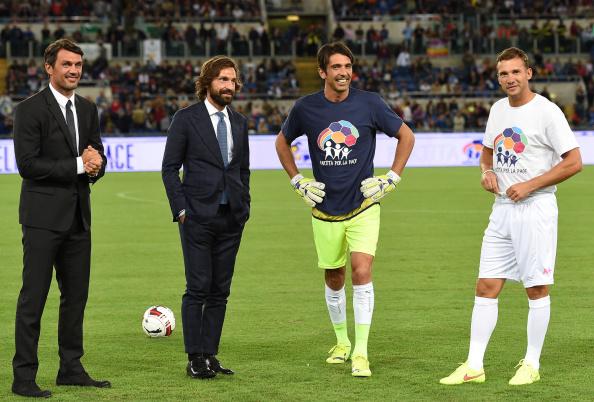 Rigig meget italiensk fodbold samlet på et billede: Paolo Maldini, Andrea Pirlo, Gianluca Buffon og så lige Shevchenko på fløjen. Foto: Getty Images/Guiseppe Bellini.