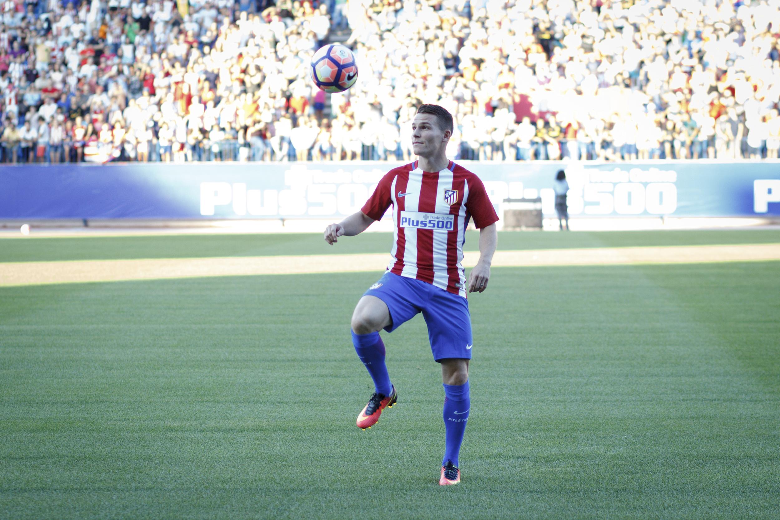 Bliver nyindkøbet Kevin Gameiro - hentet i Sevilla - svaret på Diego Simeones angrebsbønner i Atletico Madrid?  Foto: Guillermo Martinez/Getty Images