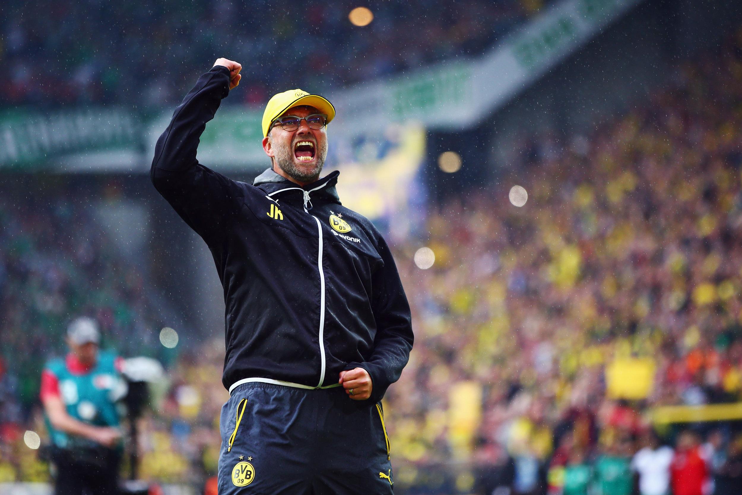 Jürgen Klopp med alt det, der definerede ham som træner. Foto: Getty Images/Alex Grimm