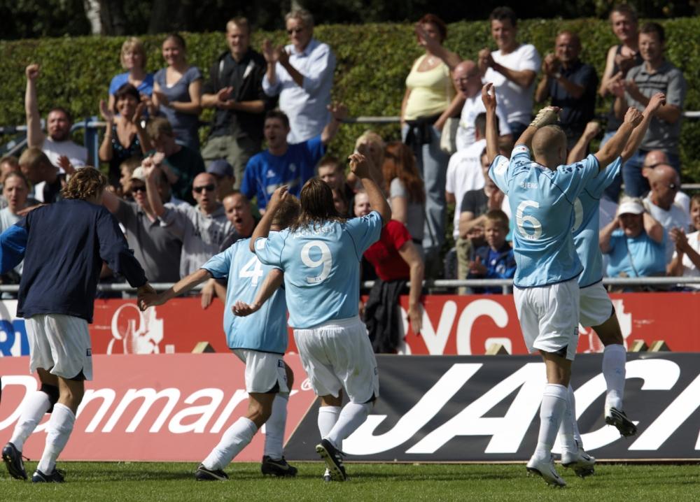 Da det hed FC Amager - og trøjerne var alt for lyseblå.   Foto: Jan Christiansen/Getty Images