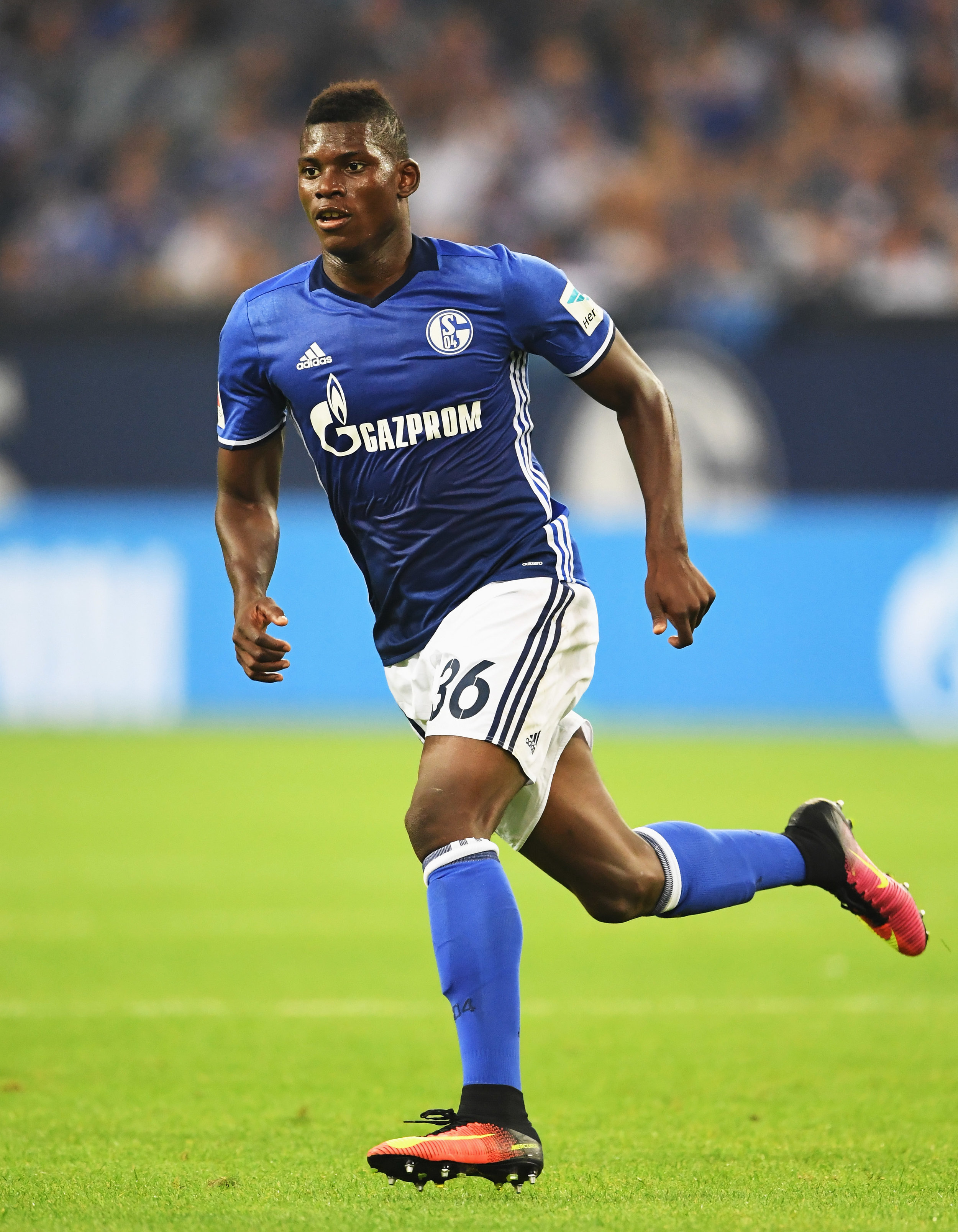 Det seneste stortalent der er blevet skudt afsted fra Basel. Breel Embolo blev denne sommer solgt til Schalke 04 for knap 200 mio.   Foto: Stuart Franklin/Getty Images