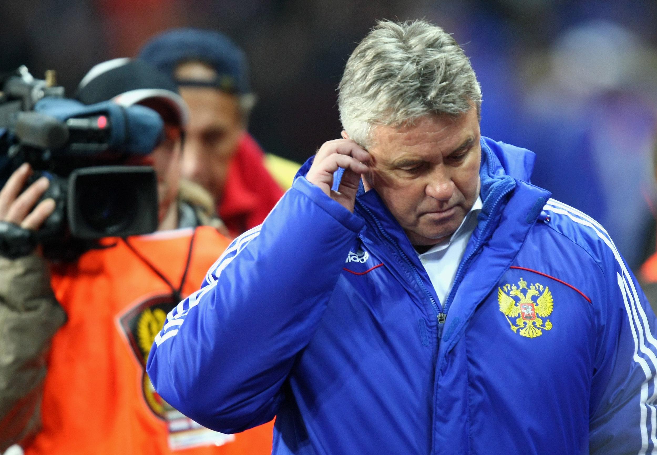 Guus Hiddink som russisk landstræner. Her fra en kamp mod Tyskland. Foto: Getty Images