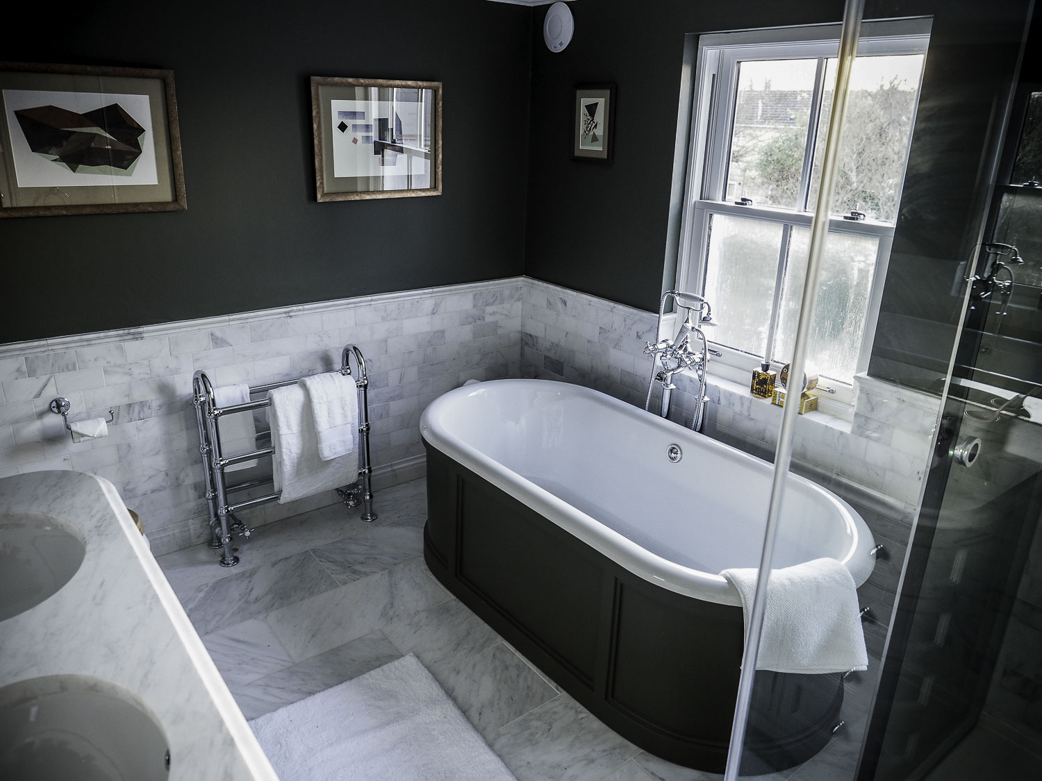marlborough_road-master_bathroom-1500pw-250kb.jpg