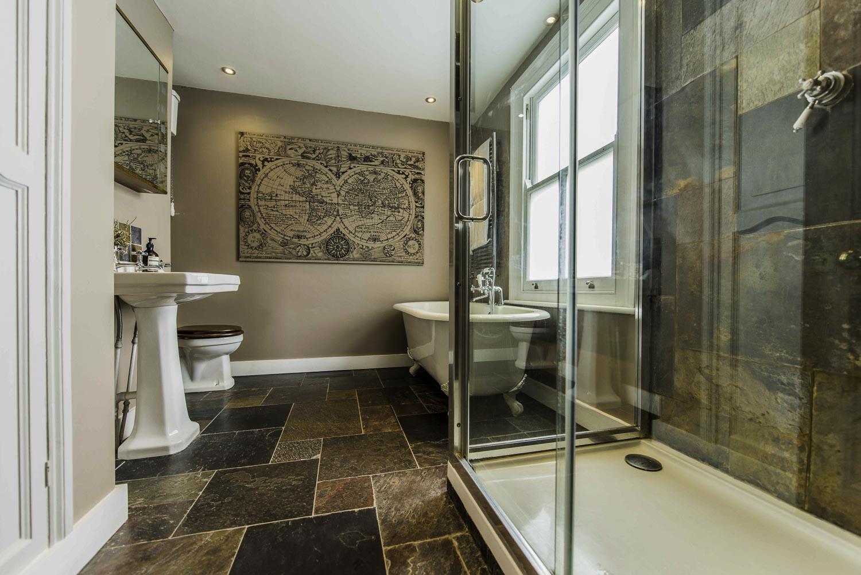 merredene_street-bathroom-1500pw-250kb.jpg