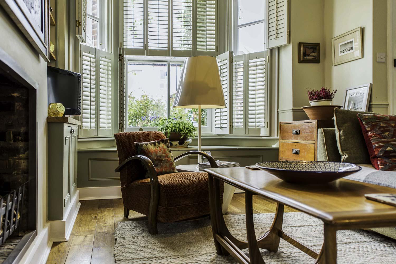 merredene_street-chair-1500pw-250kb.jpg