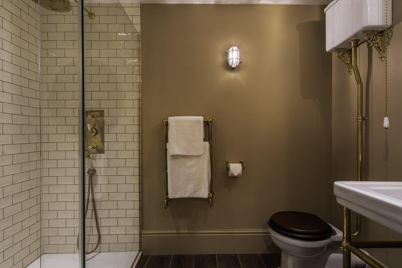 walton_street-bathroom3-1500pw-250kb.jpg
