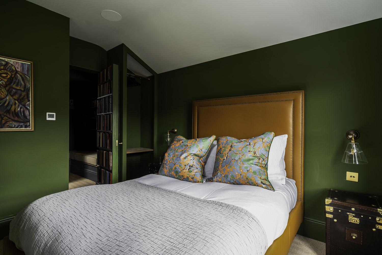 walton_street-bedroom1_2-1500pw-250kb.jpg