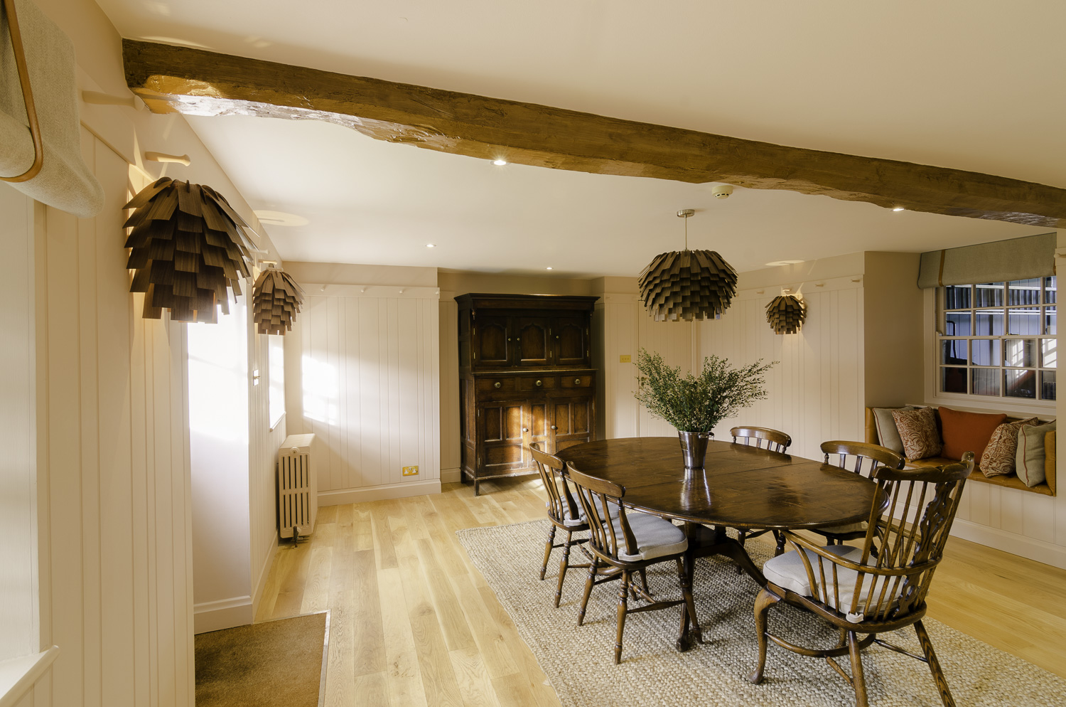 granite_farmhouse-breakfast_room-1500pw-500kb.jpg
