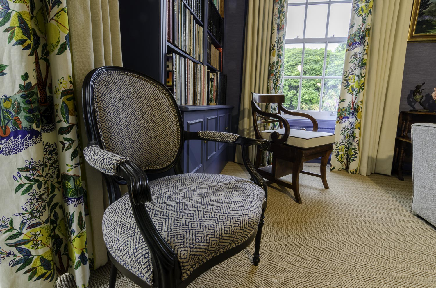 wh-drawing_room_chairs-1500pw-500kb.jpg