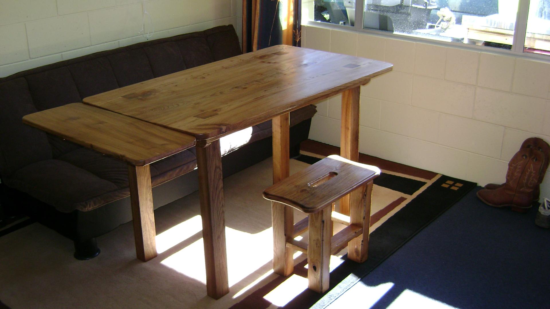 Ulmen Tisch (2).JPG