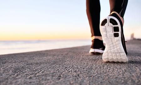 52008741_S_sneaker_running_walking_jogging_exercise.jpg