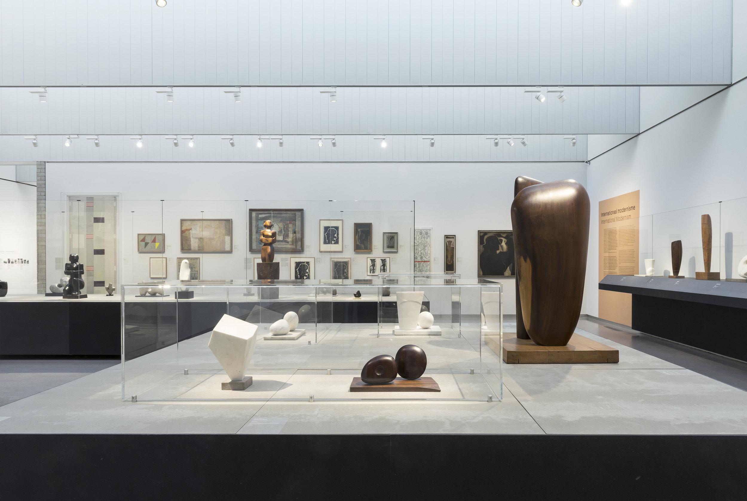 installation view Barbara Hepworth- Sculpture for a Modern World_03.jpg