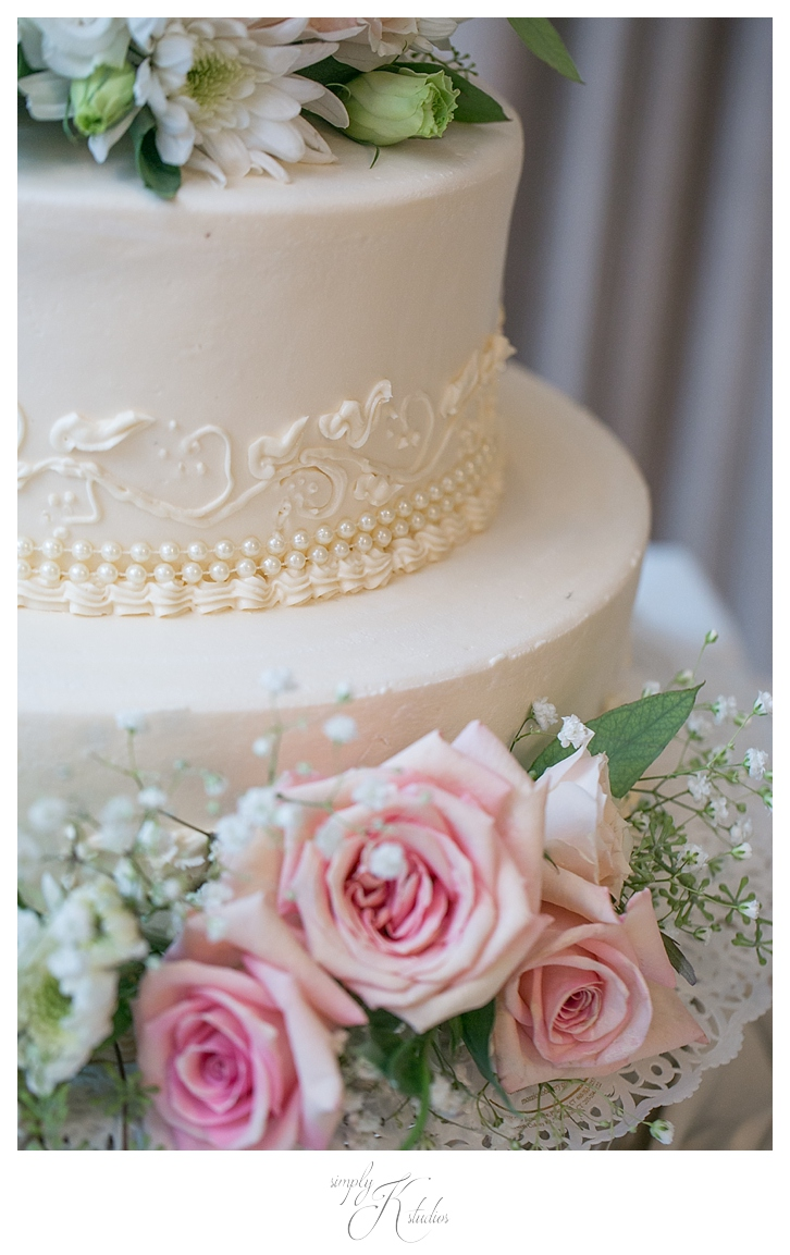 Cakes by Donna CT.jpg