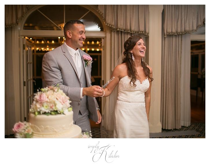 Wedding Cake at Avon Old Farms.jpg