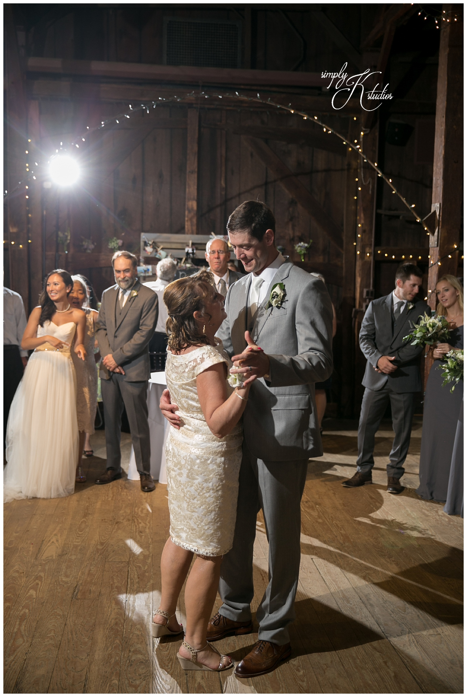 Barn Weddings.jpg