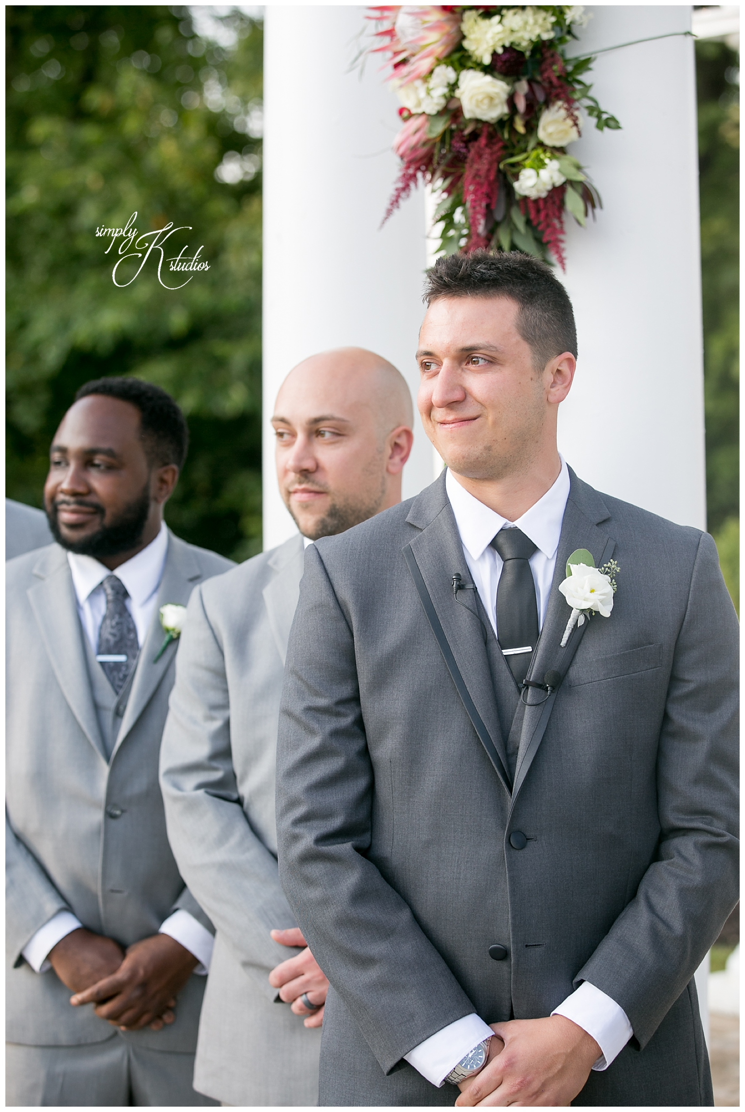 Grooms First Look.jpg