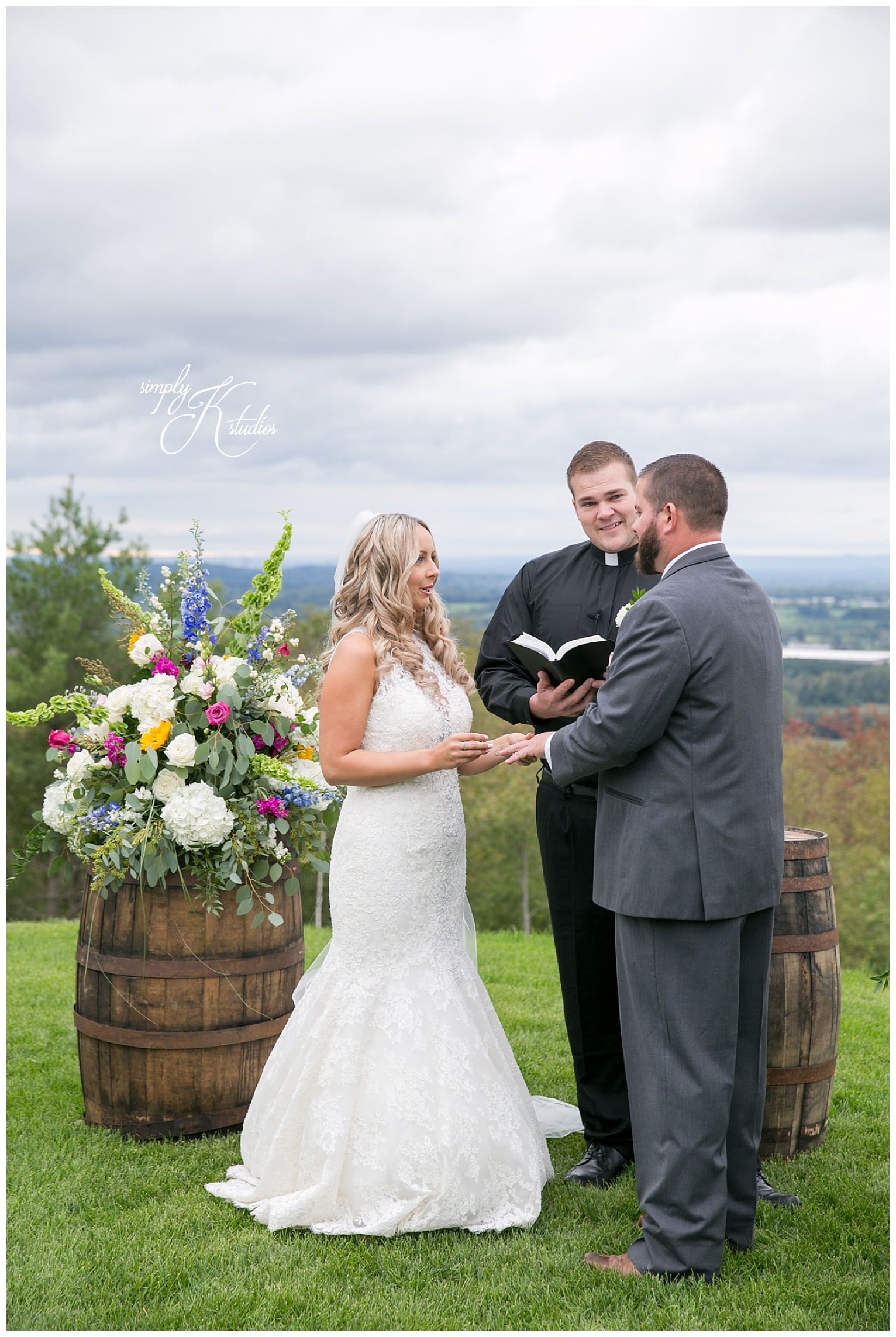 Guilford CT Wedding Photographer.jpg