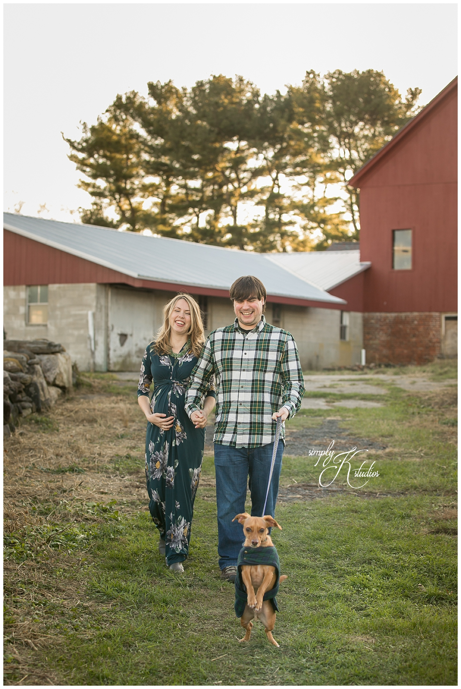 Rustic Maternity Session.jpg