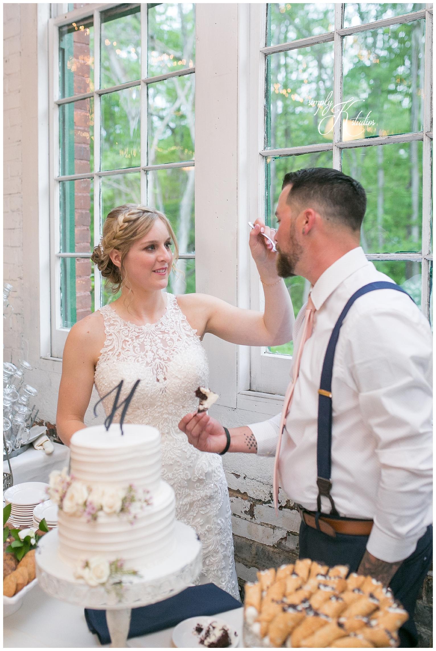 Bakeries in CT for Wedding Cakes.jpg