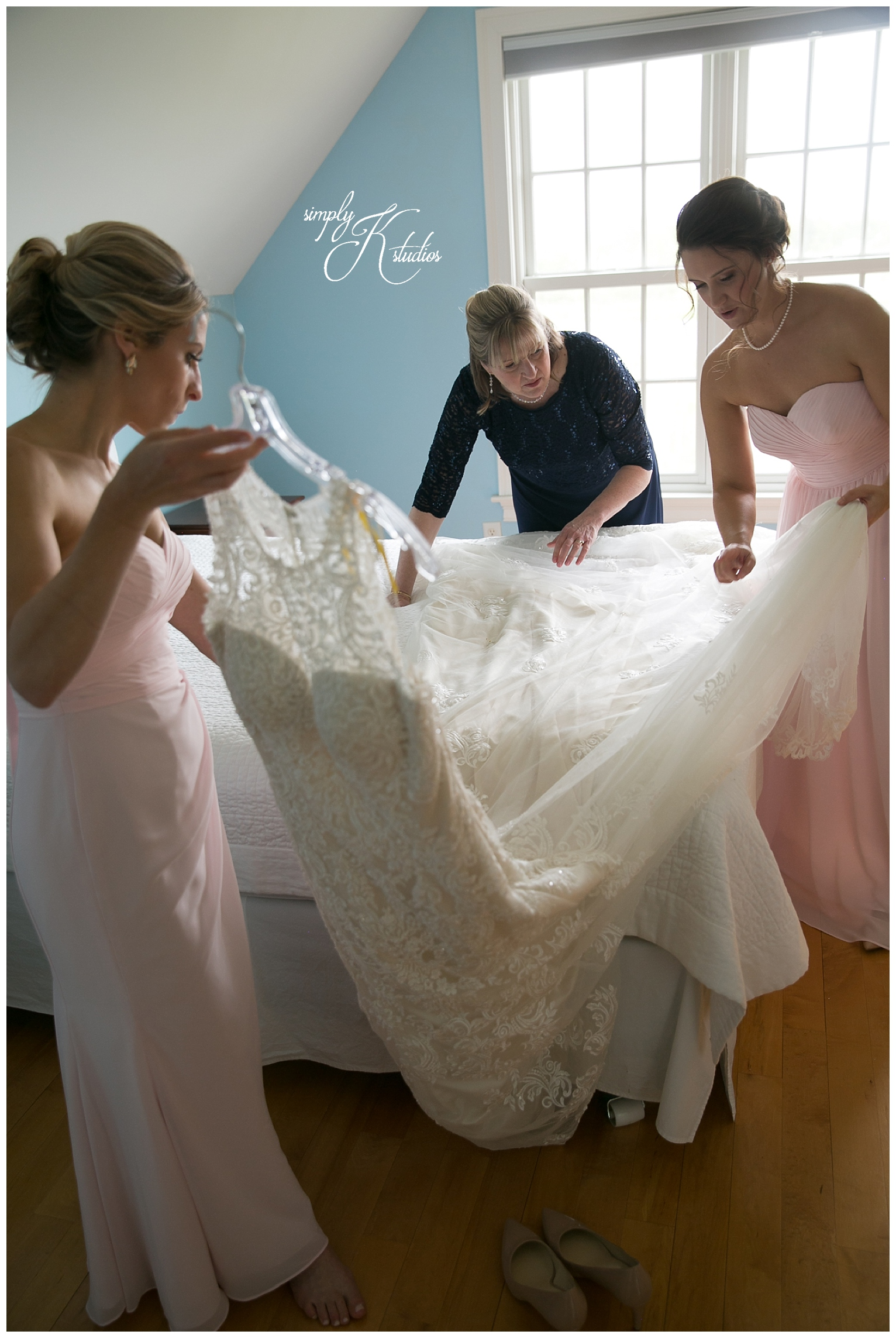 Getting Ready Photos at The Lace Factory.jpg
