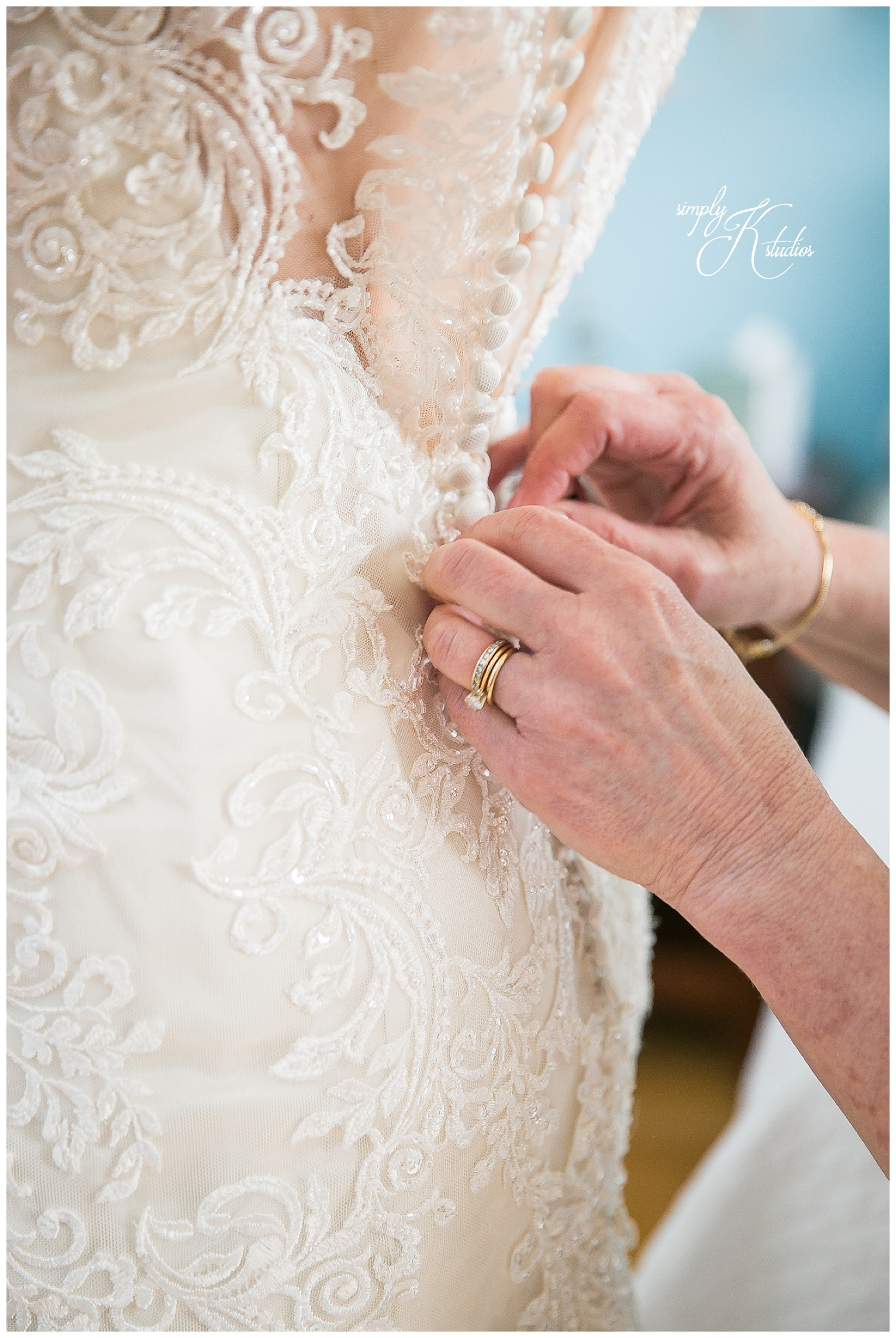 The Lace Factory Getting Ready Photos.jpg