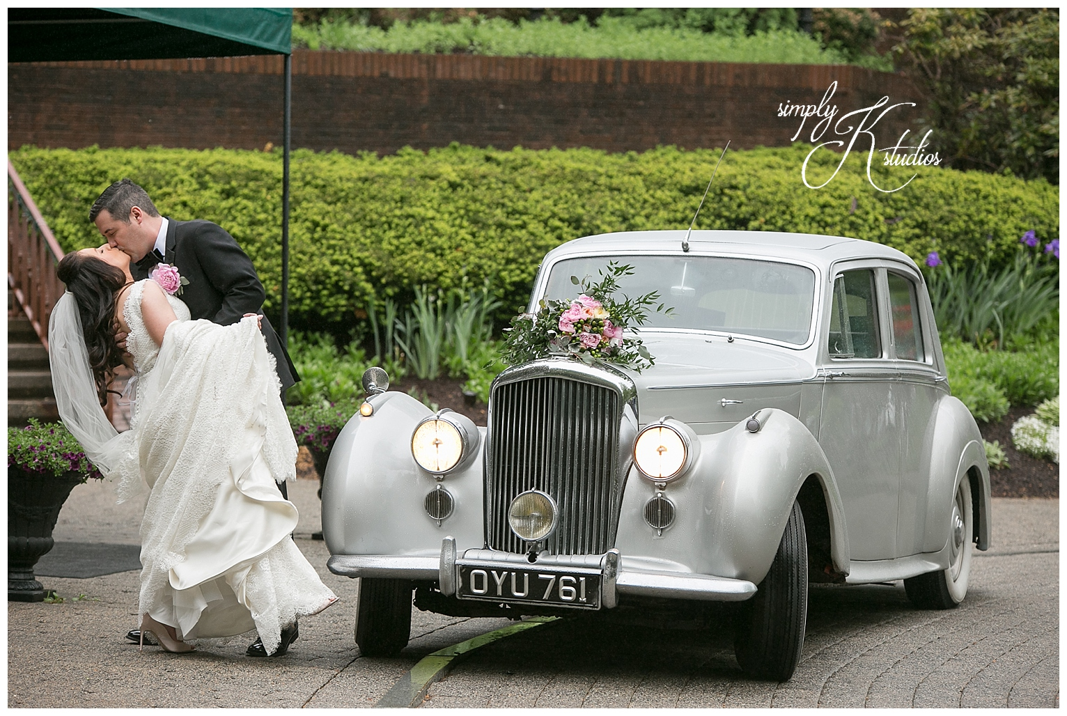 Vintage Cars for a Wedding near Hartford CT.jpg